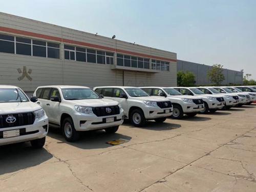 20款丰田普拉多2700配置介绍43万起步购