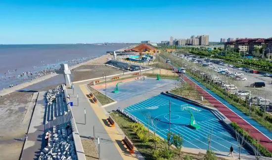 ▲东疆东部沿海岸线基础设施环境提升生态修复工程项目