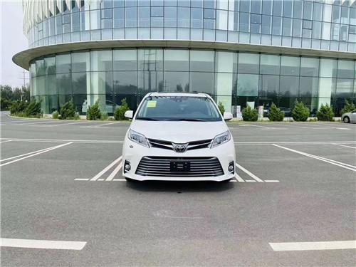 丰田塞纳3.5L 四驱 LTD 7座配置图片报价