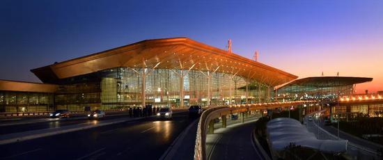 2014年8月28日,天津机场2号航站楼正式启用