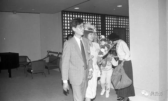 1991年4月,凯越饭店对外开承办婚礼。王志贵摄