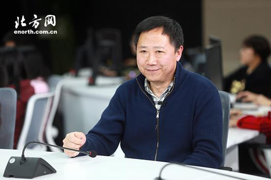 制片主任张春林