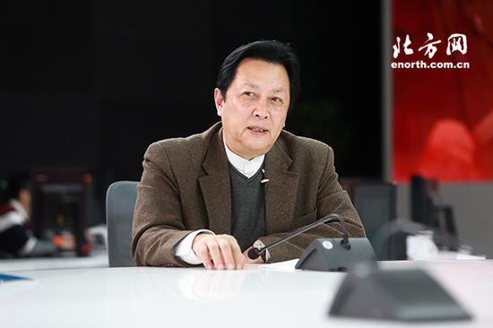 大型史诗电视剧《换了人间》艺术监制、毛泽东的扮演者唐国强