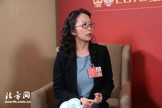卢永琇委员认为,文化传承需要融入当代人的思维