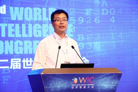 中国电子信息产业发展研究院院长卢山