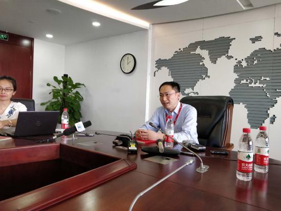 京东集团AI平台与研究部AI研究院常务副院长何晓冬