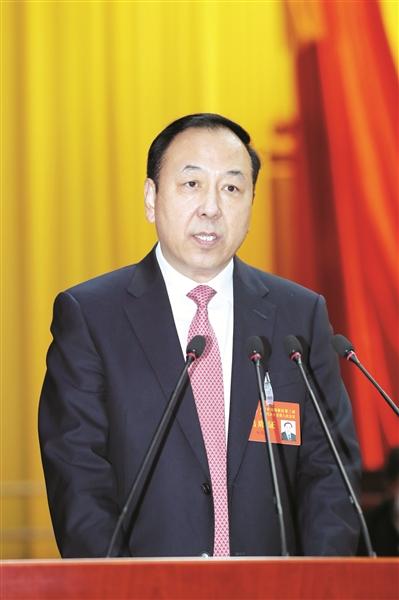 杨茂荣作政府工作报告