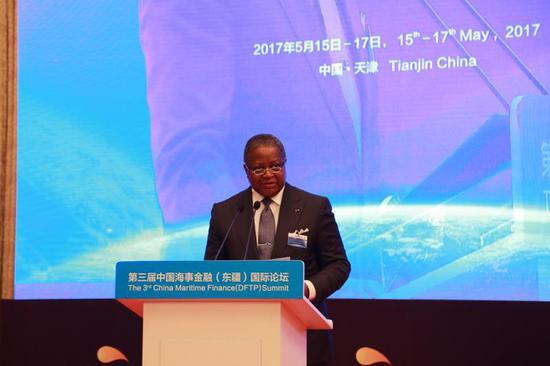 利比里亚驻华大使Dudley McKinley Thomas出席论坛并致辞