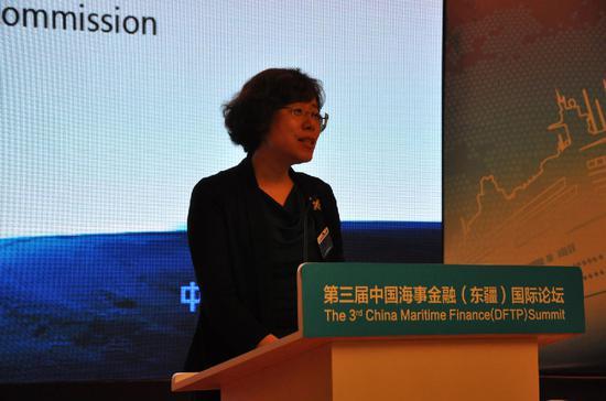 东疆保税港区管委会副主任杨柳