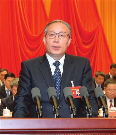 李鸿忠代表中共天津市第十届委员会向大会作报告