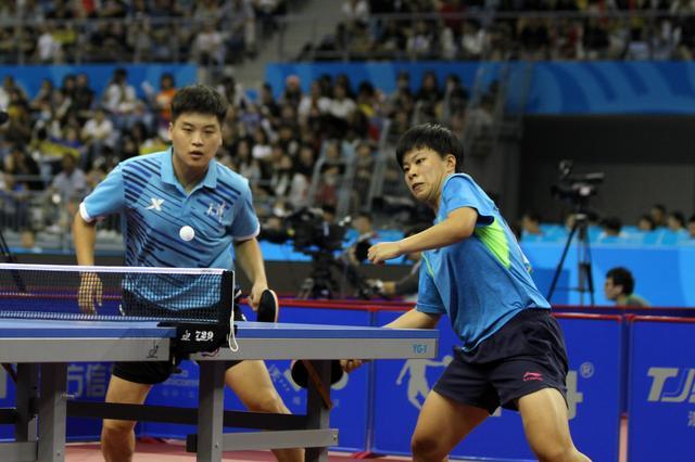 全运会乒乓球单项赛进行 郝帅组合晋级半决赛