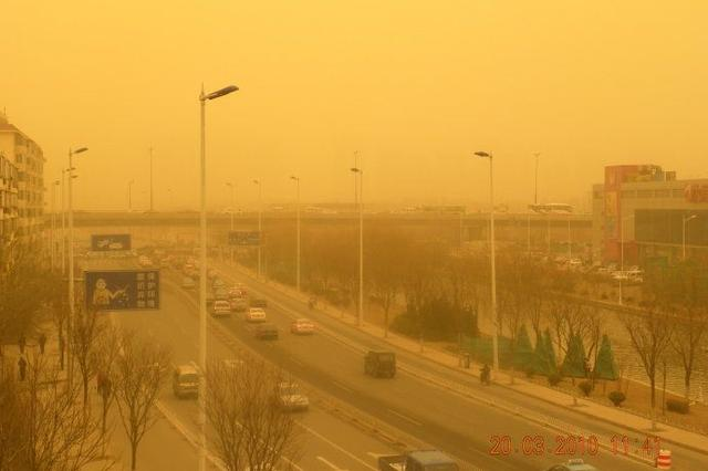 沙尘暴蓝色预警发布 北京天津等地区受影响