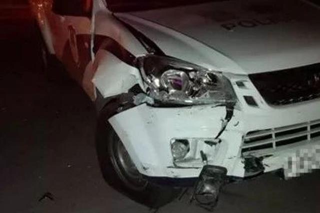 天津一白色奥迪突然掉头逆行撞上警车 它怎么了