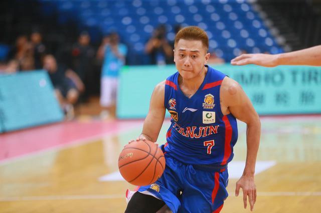 环渤海夏季联赛第二轮 天津男篮72-85负北京男篮