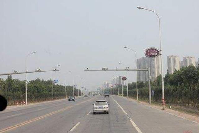 津港公路局部半幅施工 中重型货车分时段限行