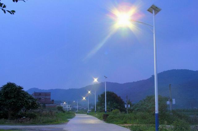 津城这些地方的路灯为何不亮