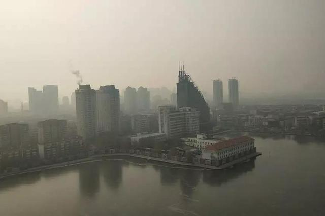昨晚部分地区重度霾 津城16日冷空气携西北风来救场