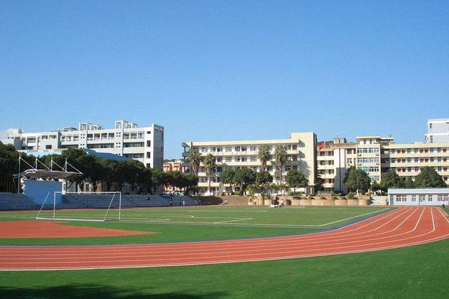 天津150所学校体育场馆明年对外开放
