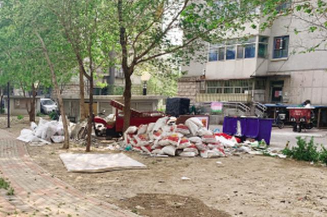 瀛洲花园小区400多块暖气表被盗 警方已介入调查