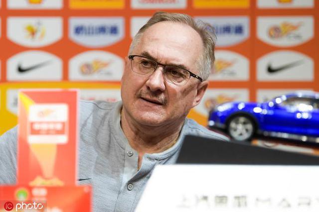 施蒂利克:胜利本该属于我们 U23球员还需在提高