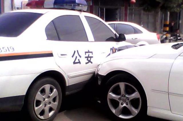 男子驾套牌车还冲撞警车 被依法刑事拘留