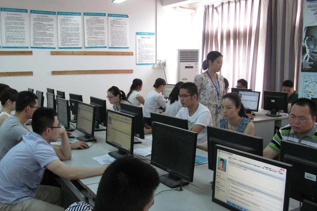 天津出台四项惠才实招 优化专业技术人员资格考试
