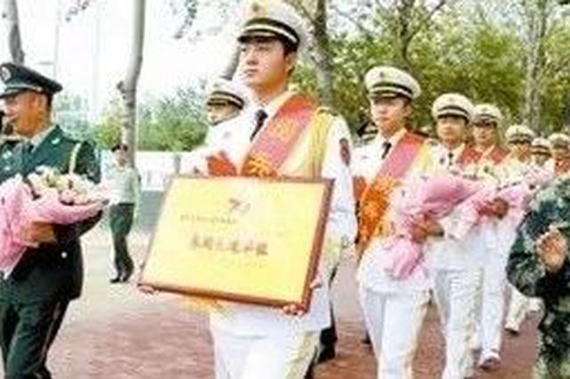骄傲!参加阅兵演奏任务的这支天津军乐队返营了