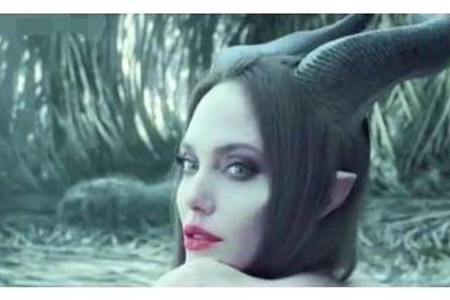 《沉睡魔咒2》黑魔女颜值高 网友:回眸太美