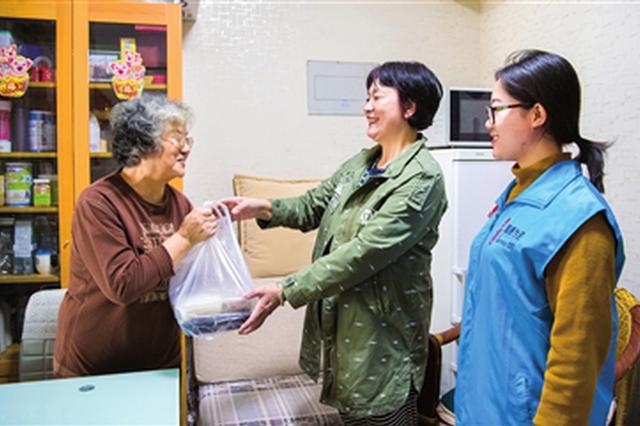 河西建成社区养老服务中心12个 满足老年助餐需求