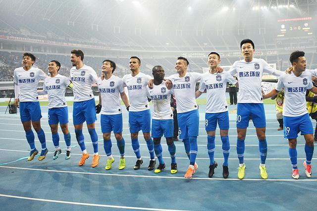 中超-乔纳森双响瓦格纳破门 泰达主场3-0胜深圳