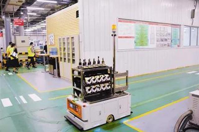 丹佛斯天津工厂智能机器人在传输配件