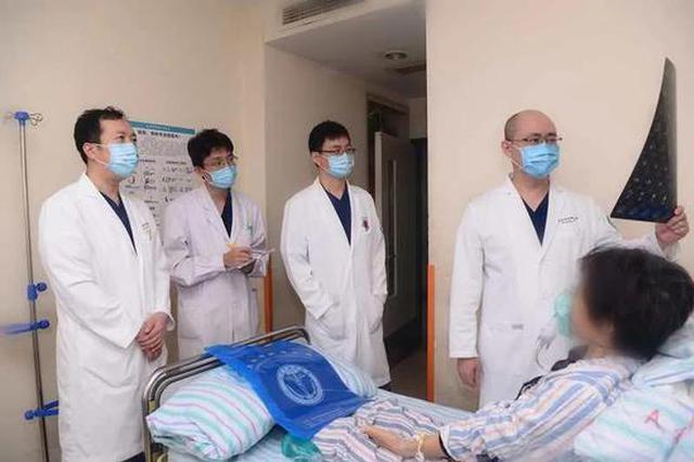 达芬奇机器人毫米级操作!天津医生这项微创手术 精准化再突破