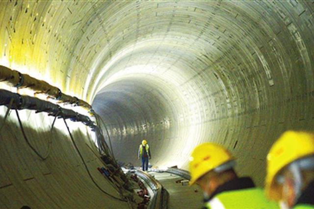 天津地铁6号线二期全线隧道贯通