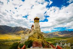 西藏山南秘境秋日风光