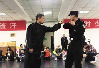 天津警营向社会开放