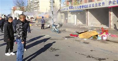 路边作业私接电线 先锋路这片违建商铺拆了上海搬迁 公司