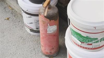 高层消火栓竟没有水 商场消防值班记录皆空白 别让小问题成为大隐患