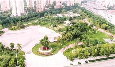 庐山道街心公园
