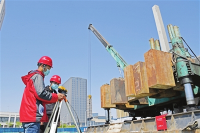 天津外国语大学附属高新区外国语学校开建了