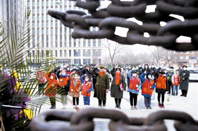 追忆红色历史传承革命精神 纪念天津解放72周年
