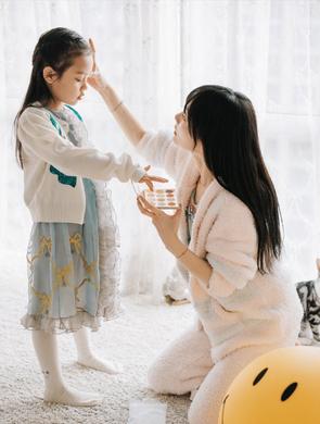 李小璐为甜馨庆祝7岁生日