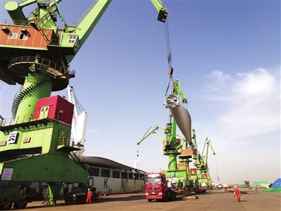 保税区与国开行天津分行签署全面战略合作协议