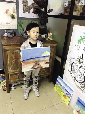 除了瑜伽 麦克也爱画画