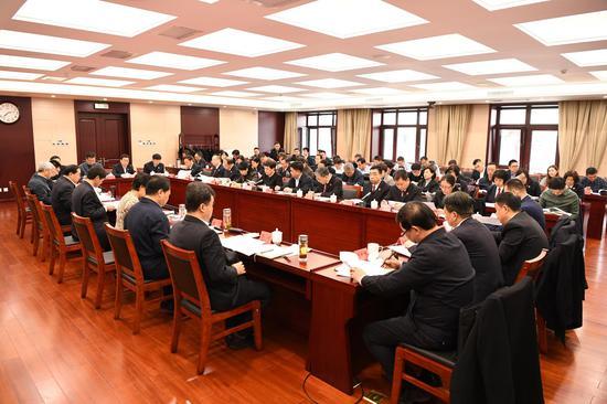 市委政法委召开抓基层党建工作述职评议会