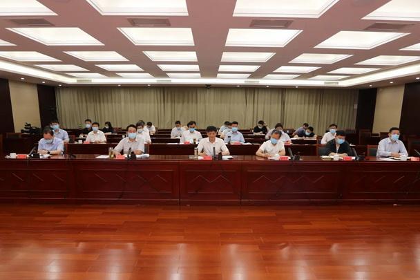 市政法队伍教育整顿领导小组办公室主任(扩大)会议召开