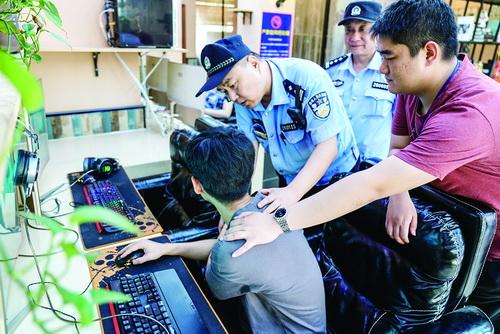 和平警方抓获一名盗窃犯罪嫌疑人