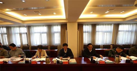 市委政法委召开全体(扩大)会议
