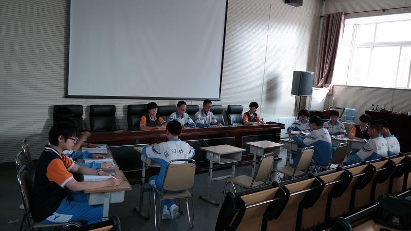 武清检察院与学校共同开展模拟法庭筹备工作