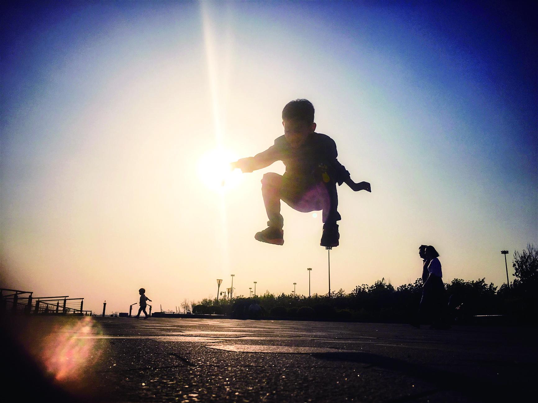 摄影作品:飞跃