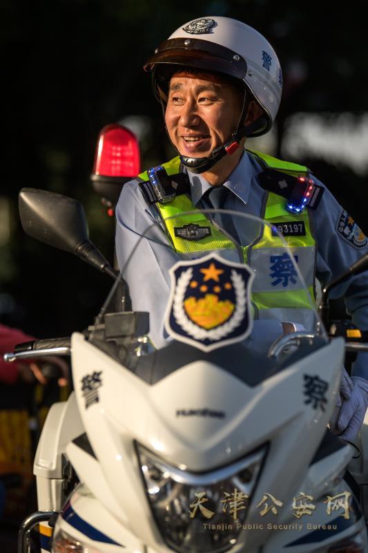 津城警星风采 摄影:310直播市公安局 苏振强